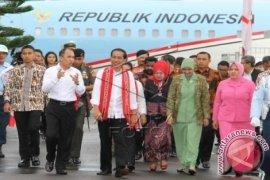 Presiden Tiba di Ambon Awali Kunjungan Kerja