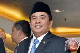 Ketua DPR minta media massa dorong perbaikan parlemen