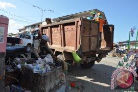 UPT Kebersihan Kota Singkawang perlukan armada angkutan sampah