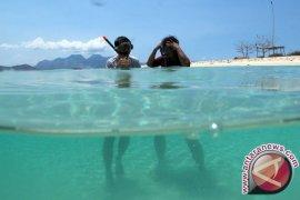 """Menpar Ajak Pencinta """"Diving"""" Dunia Menyelam di Laut Indonesia"""