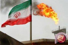 Saudi pakai minyak sebagai senjata menggebuk Iran