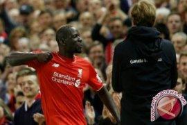 Liverpool cukur 10 pemain Everton 4-0