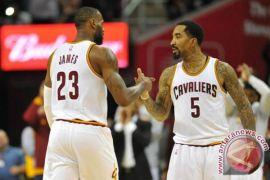Kepada pelatih Cavaliers, J.R. Smith mengaku keliru mengira tim sedang unggul