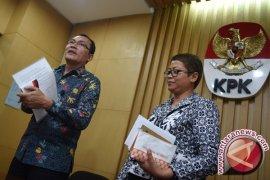 Massa HMI dengarkan permintaan maaf Saut Situmorang