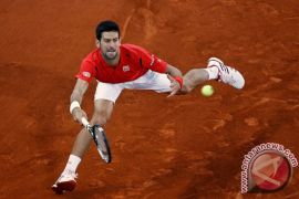 Cedera siku ancam Djokovic absen di AS Terbuka