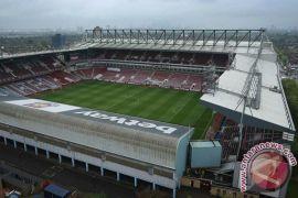 West Ham jatuhkan sanksi seumur hidup terhadap lima perusuh di stadion