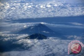 Dua pendaki dilaporkan hilang di Gunung Merbabu