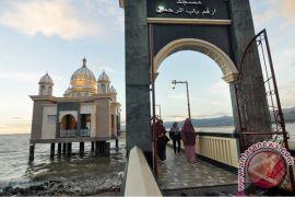 Pembangunan masjid terapung Pariaman butuh Rp135 miliar