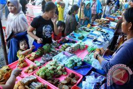 Perempuan Lebak bangkitkan ekonomi keluarga selama Ramadhan