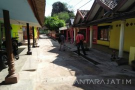 Satpol PP Situbondo Jaga Bekas Lokalisasi Selama Ramadhan