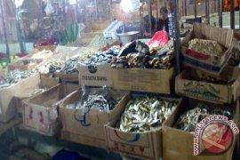 Harga Ikan Asin Di Sukabumi Masih Berfluktuasi