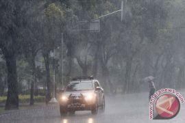 Hujan angin akan guyur sebagian Jabodetabek