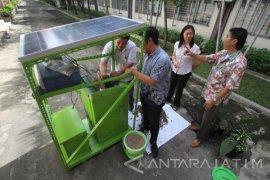 Inovasi Komposter Bertenaga Surya