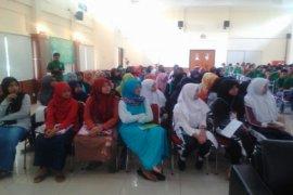 Seminar Go Green Sanlat
