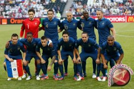 Prancis lolos ke 16 besar