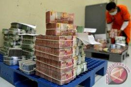 Rupiah Unggul Menjadi Rp13.351 per Dolar AS