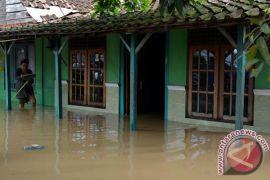 Puluhan rumah di Palu utara terendam banjir