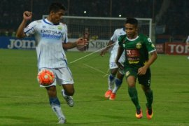Surabaya United Permalukan Persiba Balikpapan 2-0