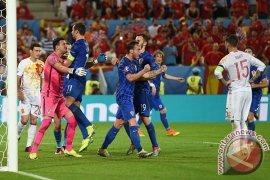 Kroasia juarai grup setelah kalahkan Spanyol