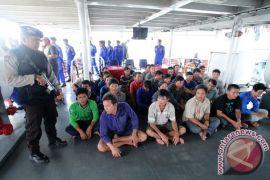 Polisi tangkap dua kapal asing di Anambas