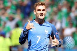 Griezmann dan Giroud cetak gol saat Prancis tundukkan Wales