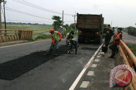 Jalur mudik Sumatera-Jawa ruas Bandarlampung sedang diperbaiki