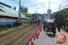 Jalan Nasional Sibolga- Tapteng Belum  Rampung