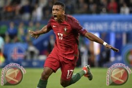 Euro 2016 - Portugal singkirkan Polandia lewat adu penalti 5-3