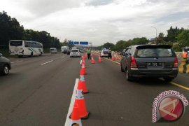 Jasa Marga Jakarta-Cikampek berlakukan contraflow 1,5 jam