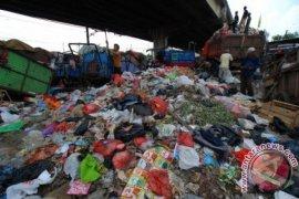 Pemkab Bekasi kaji tata ruang tempat pembuangan sampah