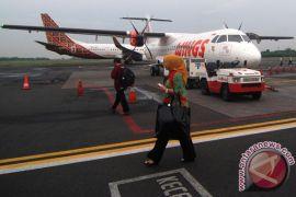 BPS: jumlah penumpang pesawat domestik turun drastis