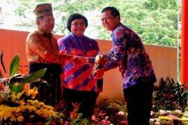 Kota Sukabumi Raih Piala Adipura