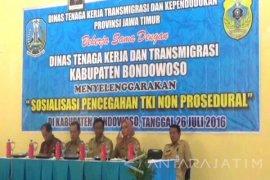 Disnakertrans Bondowoso Sosialisasikan Pencegahan TKI ILegal