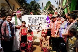 Peresmian Gereja Santo Petrus Tapang Tingang