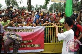 Buruh Adukan Nasib ke DPRD