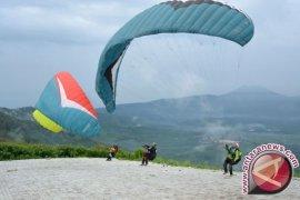 Sulteng Gelar Kejuaraan Internasional Paralayang