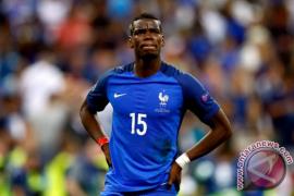 Pelatih Timnas Prancis akan diskusikan masalah Pogba di United