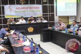 Bupati Pohuwato Harap Gubernur Seriusi Proyek Jalan Nasional