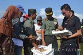 Tim Mabes TNI AD Optimalkan Penyerapan Gabah di Jember