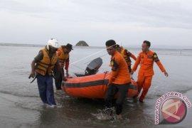 10 tewas saat kapal karam di pulau Penyengat Batam