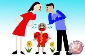 KDRT salah satu penyebab perceraian