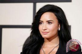 Demi Lovato membaik dengan dukungan Wilmer Valderrama