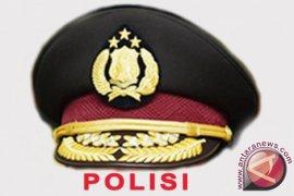 Polisi palsu ditangkap keluarga calon istri
