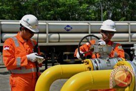 Pipa gas PGN Palembang semburkan api