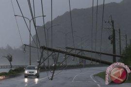 Taiwan tutup pasar dan sekolah sehubungan dengan angin topan Mitag