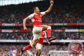 Arsenal tundukkan Tottenham 2-0