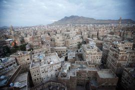 Pasukan pimpinan Saudi tutup jalan udara, laut, darat menuju Yaman