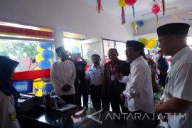 SMK Jember Miliki Tiga Laboratorium Ritel Alfamart