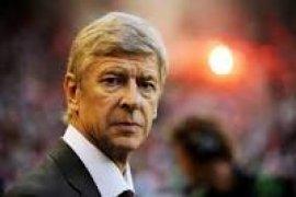 Arsene Wenger Mau Jadi Pelatih Timnas Inggris?