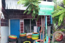 Pemerintah agar tindaklanjuti bank sampah
